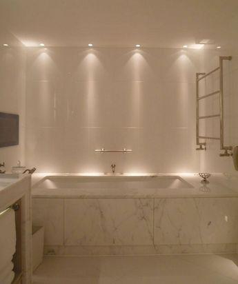 Amazing 25+ Bathroom Lighting Design Ideas To Make Your Bathroom More Beautiful / FresHOUZ.com