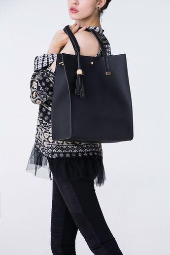 05ae4d573b87 AKAIV   Handbags    J156 − LAShowroom.com