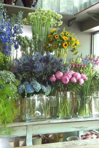 Sally Hambletons flower shop in Madrid. Photo by Itziar Guzman. www.sallyhamble