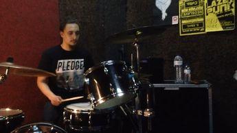 Dealema - Metamorfose.  cover  drumcover  vaterdrumsticks  tama  zildjiancymbals  dealema  hiphop  hiphoptuga  drums  drumcommunity  instagroove   we_love_drums  drumlads   drumsharing