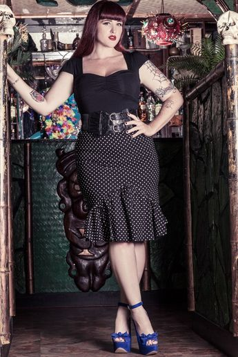 Go The Gothic Way In Plus Size