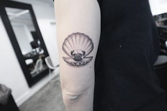 😊🙃😊 #pearl #pug #tattoo #instalike #tattoos