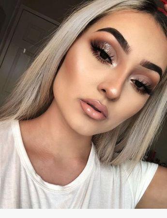 ✨Ce make-up des yeux est fantastique 💓! Vous voulez également achevez un beau make-up comme le sien ? Nous avons les outils qu'il vous faut ! En plus en ce moment, vous avez tous nos sets de pinceaux à -40% ! Et 30% de réduction supplémentaire avec le code : XOXO30