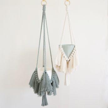 Macrame Plant Hanger | Fringe Plant Hanger | Macrame Wall Hanging | Macrame Plant Holder | Housewarming Gift | Boho Home Decor