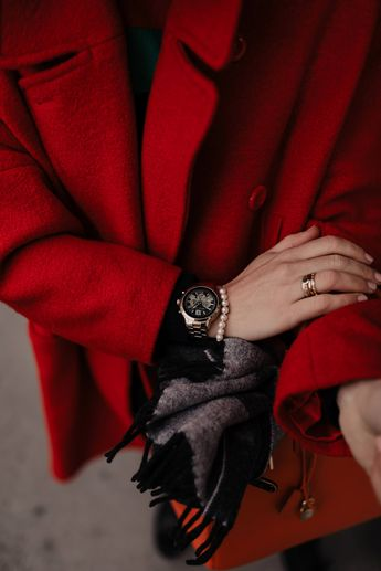 der rote Mantel im Winter – so kombiniere ich den Hingucker im Alltag!