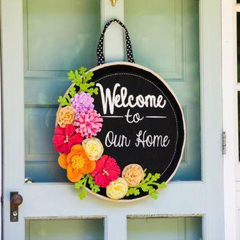 Springtime Welcome Burlap Door Décor