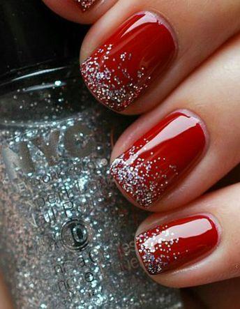 Manucure de Noël rouge pailleté