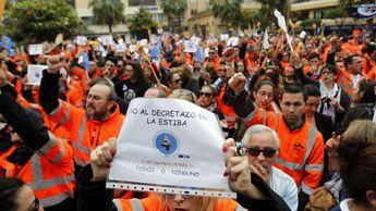 Los estibadores desconvocan las jornadas de huelga del 10, 13 y 15 de marzo