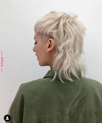 Pin by xCukierr . on Fryzury in 2019 | Hair inspo, Curly hair styles, Girl short hair      Pin by xCukierr . on Fryzury in 2019 | Hair inspo, Curly hair styles, Girl short hair