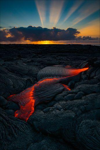 Volcanoes National Park . Hawaii