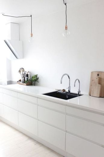 VIGO GREENWICH PULL-DOWN SPRAY KITCHEN FAUCET Click to see more! | VIGO Industries - Kitchen sinks and faucets design ideas - KitchenRemodels - Home Interior