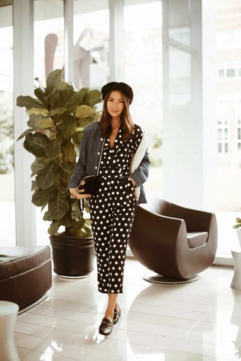 polka dot jumpsuit. love this french girl look