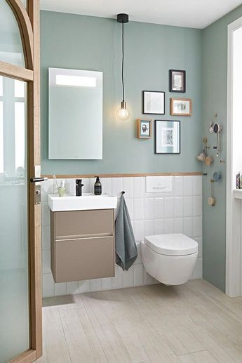 Two things are essential for a relaxed experience in a modern bathroom: maximum comfort and reliable hygiene. Avoid germs and dirt spreading and settlling on bathroom surfaces. Modern bathroom trends | moderne Bäder | salles de bains modernes | aktuelle Badezimmertrends | Badtrends | Tendance salle de bain | Badplanung | bathroom planning #bathroomtrends #badtrends #salledebain