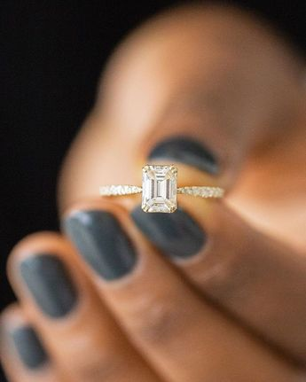 Emerald cut diamonds are the perfect combination of modern and classic design. In the Nova setting, this 1.03ct. emerald cut diamond is…