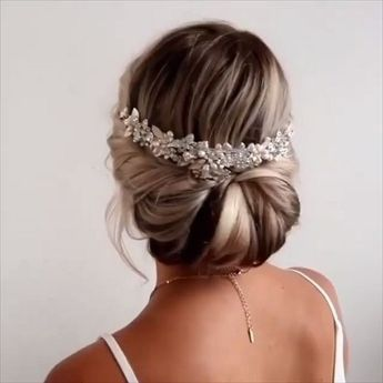 30+ stylish and elegant wedding hairstyles for gentle brides 46