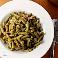 Cracker Barrel Copycat Country Style Green Beans: Renee's Kitchen Adventures   Just like in the restaurant!!