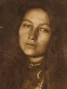 The beautiful Gertrude Bonnin (1876-1938). Gertrude, aka Zitkala-Sa, was a Sioux activist and writer. Prominent in the Pan-Indian movement of the 1920s and 1930s, she devoted her life to lobbying for the rights of Native Americans. She was the granddaughter of Sitting Bull.