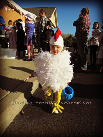 b83fcc12621b Watch  little girl dressed as a chicken goes viral in cute