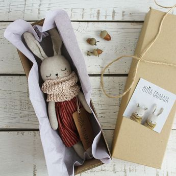 Product of the month: Handmade bunny dolls by Pepita Calabaza - Lunamag.com