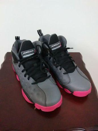 competitive price 239b2 8fa84 Jordan 820276-009  Kids Jumpman Team II Dark Grey Vivid Pink-Black