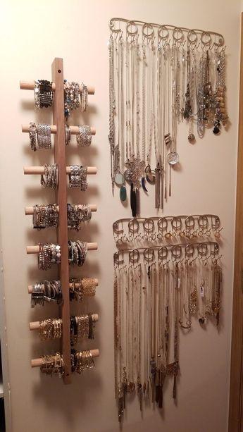 Porte-bracelet (bricolage); Porte-collier et bague (de BB & B). Bijoux organisés