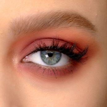 Major inspo from the BRAND NEW Naked Cherry Palette from Urban Decay 🍒