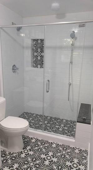 Merola Tile Twenties Classic Encaustic Ceramic Floor and Wall Tile - 7-3/4 in. x 7-3/4 in. Tile Sample-FRC8TWCL