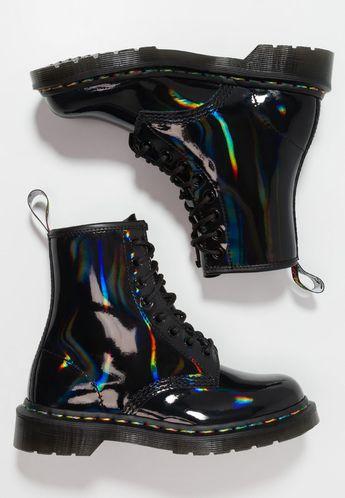 Dr. Martens 1460 RAINBOW IRIDESCENT - Bottines à lacets - black - ZALANDO.FR #DocMartensoutfit