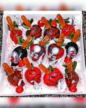 Red & Black Chocolate Covered @hennessy Margarita Strawberries   #NikkiEtreats #birthdayberries  #Birthday #Fitness #training #personaltrainer #candyapples #chocolatecoveredstrawberries #chocolatestrawberries #chocolatestrawberry #chocolate #strawberry #infusedstrawberries #infused #chocolateheels  #highheels  #highheelshoes #chocolatehighheel #chocolatehighheels #chocolatehighheelshoes  #chocolatehighheelshoe #atlanta #atlart #atlantaart #atlstrawberries  #atlsweets #nowthatsludicrous