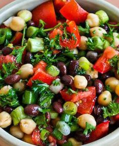 Vegan Middle Eastern Bean Salad with Parsley and Lemon (Balela)
