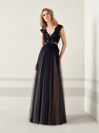 3fa262cce2 100 imágenes de vestidos de noche  tendencias que te harán brillar