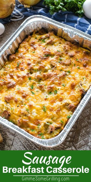 Easy breakfast casserole recipe! This Sausage Hashbrown Breakfast Casserole is so delicious and it can be prepare in the oven or on the grill! #gimmesomegrilling #breakfast #breakfastcasserole #casserole #recipe #breakfastrecipe #casserolerecipe #sausage #hashbrowns