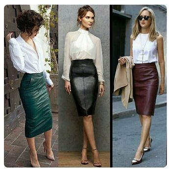 6f8ff765b2 Miranda Kerr con falda con largo midi en cuero y parte alta
