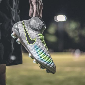 52386000b20 Unstoppable playmaking made for the game's best. The new @nikefootball  Elite Pack #Magista