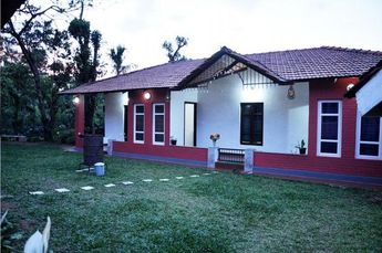 During vacation, a number of people visit Chikmagalur with their family members. If you are also planning a trip to this beautiful destination with your beloved ones then make the advance booking of the best Chikmagalur Homestay for dwelling. MalagarValley Homestay is the right place to stay with your family members in the midst of nature.