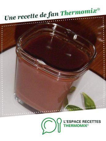 Crème au chocolat de ma grand mère par catpail. Une recette de fan à retrouver dans la catégorie Desserts & Confiseries sur www.espace-recettes.fr, de Thermomix®.