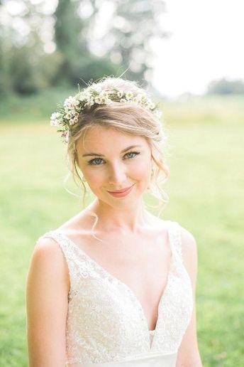 30 Beautiful Spring Wedding Make Up Ideas