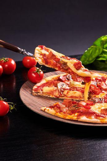 Pizza vegan au Vegeese Saveur Fumé : cheesy !