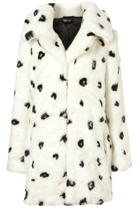 dalmatian oversized faux fur coat. holy cruella deville i love it!