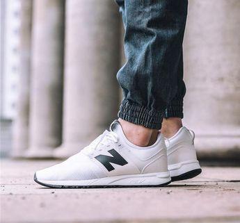 e1b2734312 New Balance 247 Classic  White Black