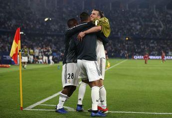 ABU DHABI, UNITED ARAB EMIRATES - DECEMBER 19: Gareth Bale of Real Madrid celebr...