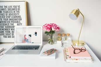 Start the New Year off right by creating the year of your dreams and manifest all of your desires and goals by creating a vision board. Here's how:
