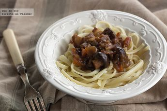 Tallarines con salsa de setas al Jerez, receta de pasta con mucho sabor