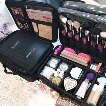 Professional Makeup kit available on 50% off price. For more info click and grab yours #hair #makeup #beauty #fashion #ideas #quotes #homedecor #women #nail #lipstick