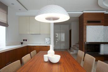Namas Palangoje, Minimalist House With White Bright