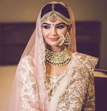 5267fd0f87ac7 Stunning gold jewellery with kundan stones for indian bride. See more on  wedmegood.com