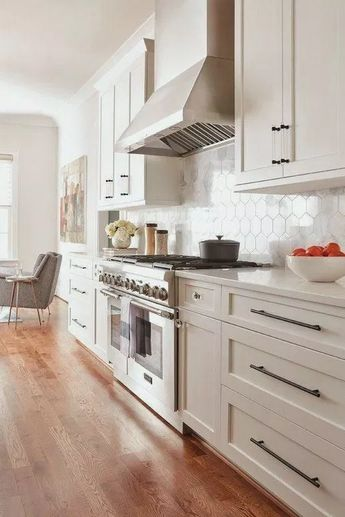 50+ Key elements of Modern Farmhouse Kitchens #farmhousekitchens #dreamkitchens #whitekitchens ~ Home Design Ideas