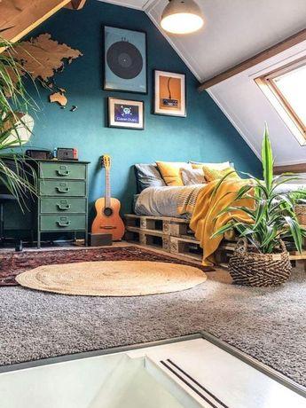 Home Interior Design — Cozied up bedroom