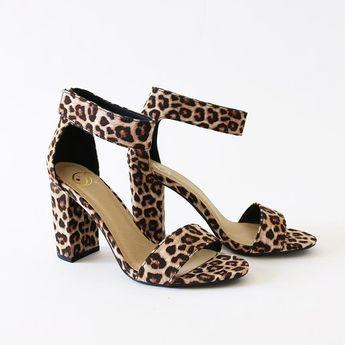 2bb90c0033b5 Amazon.co.uk  Fashion Sandals - Women s Shoes  Shoes   Bags