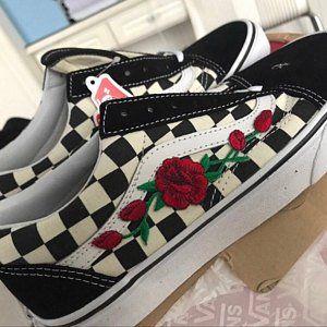 4ad8266c587d3 Rose Buds Pink/Blk Unisex Custom Rose Embroidered-Patch Van